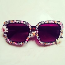 looking for an easy project to DIY this weekend? These embellished sunglasses are super cute and easy to make!