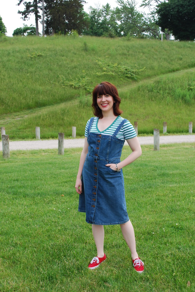 Loving the 70's tomboy vibe of this denim overall dress.