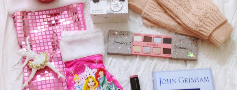 Christmas is coming, which means it's time for The Great Holiday Blog Swap!