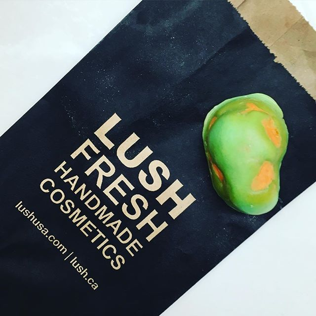 Make bath time extra special with this handmade Luxury Bath Oil from Lush. You've Been Mangoed is a tiny bar packed with rich butters and oils.