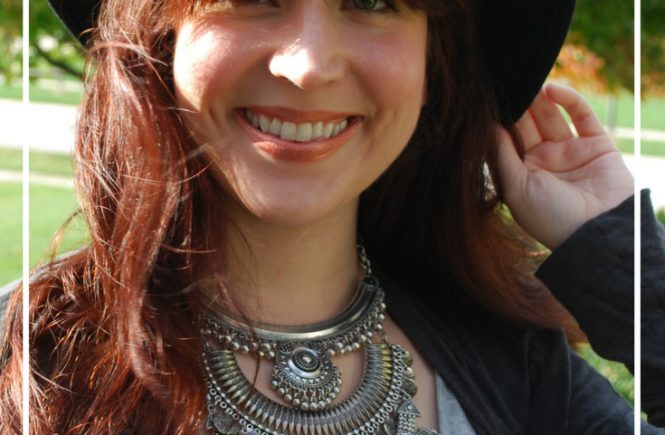 Updating your look is easy when you have the right jewelry. See how a necklace and earrings from Happiness Boutique can instantly change your look!
