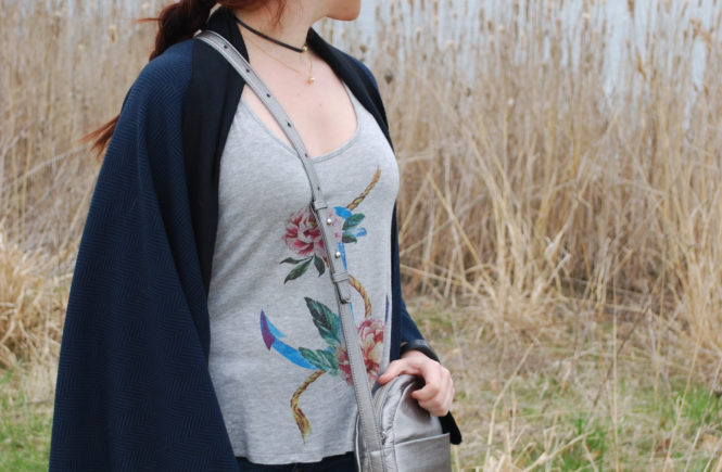 This DIY cocoon cardigan is great for days when you don't know if it's going to be chilly or warm. Plus, it only has two seams, so it's the easiest thing to sew.