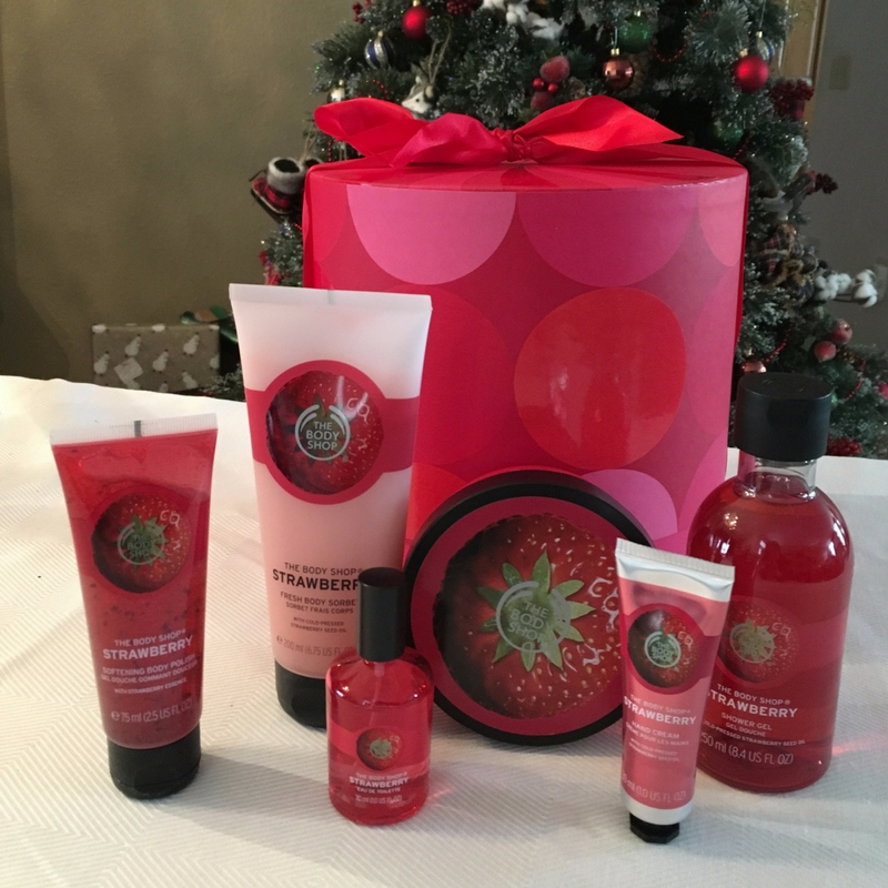 Self-care is important year round, but a little pampering is definitely appreciated during the holidays. Don't miss these gift ideas for your bestie!