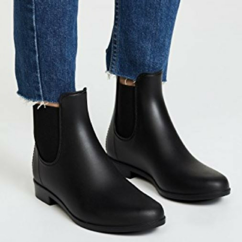 Trend to try: Chelsea rain boots Happy. Pretty. Sweet.