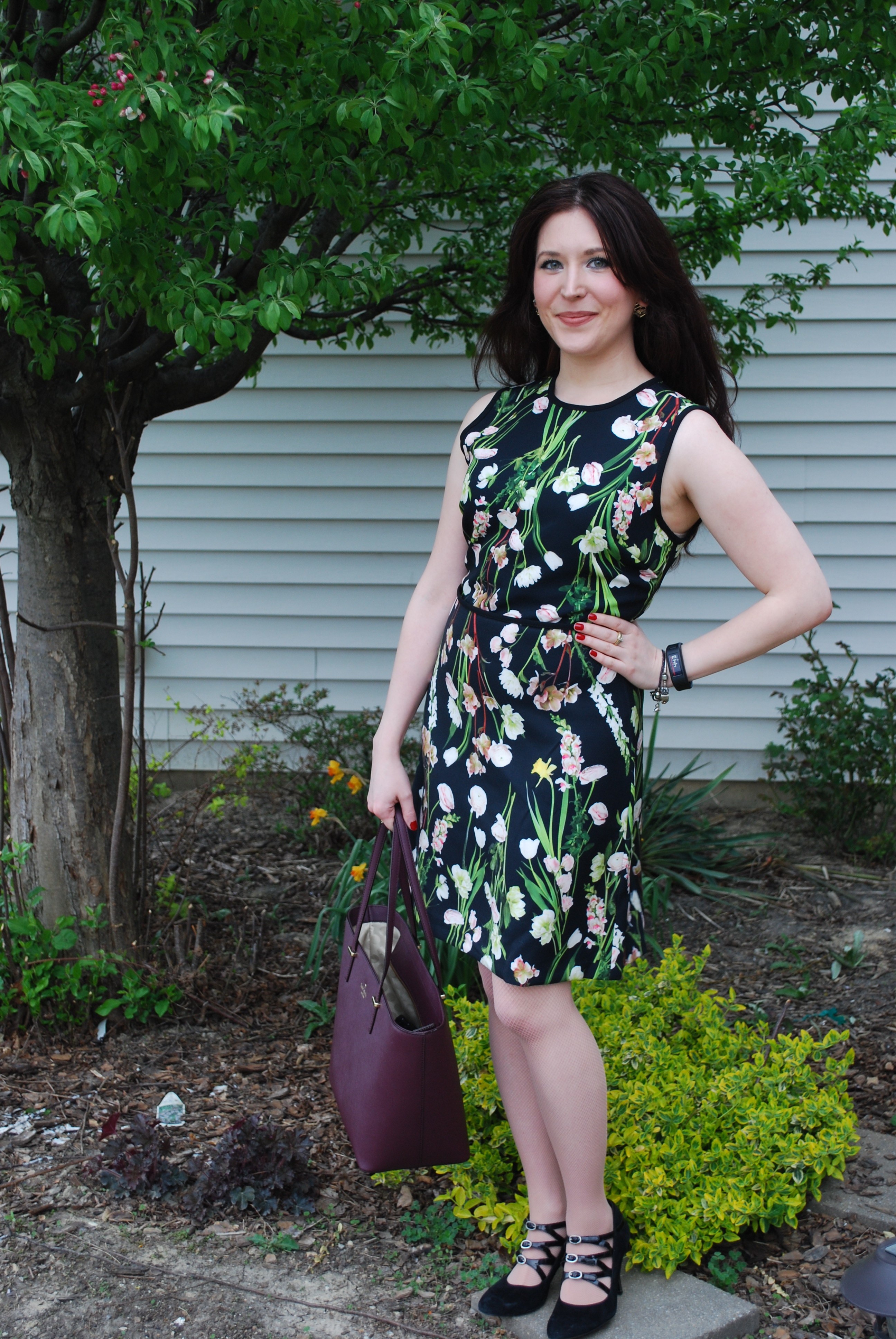 7a1149ebb40 I m obsessed with this Victoria Beckham for Target floral dress ...